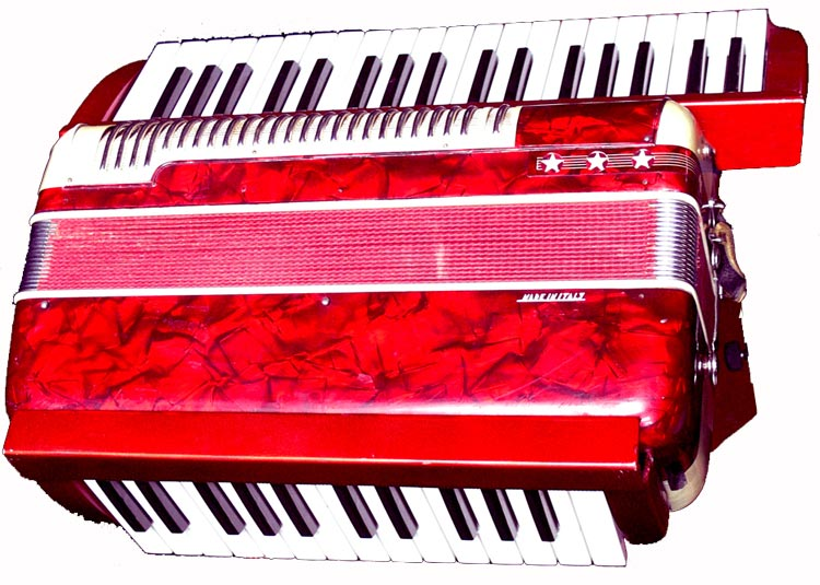 accordion-1080white750